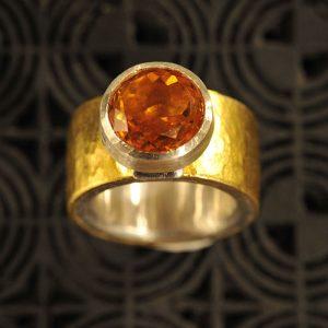 Goldschmiede karlsruhe unikatschmuck riegels-winsauer Ring Goldtopas Gold Silber