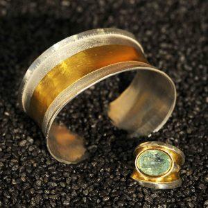 Goldschmiede karlsruhe unikatschmuck riegels-winsauer armschmuck armreif Ring Gold silber