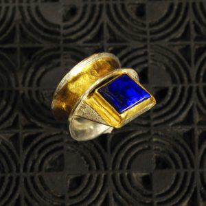 Goldschmiede karlsruhe unikatschmuck riegels-winsauer Lapislazuli Ring Gold silber