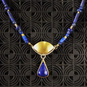 Goldschmiede karlsruhe unikatschmuck riegels-winsauer Lapislazuli Collier Gold silber