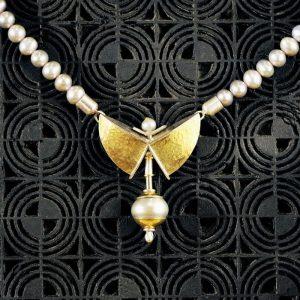 Goldschmiede karlsruhe unikatschmuck riegels-winsauer perlen Collier Gold silber