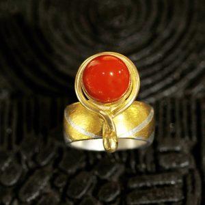 Goldschmiede karlsruhe unikatschmuck riegels-winsauer koralle Ring Gold silber