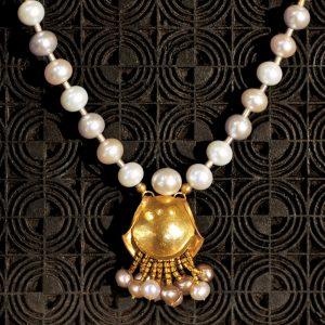 Goldschmiede karlsruhe unikatschmuck riegels-winsauer collier perlen Gold silber