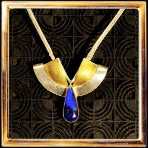 Lapislazuli-Collier, Lapislazuli-Cabochon, Feingold auf Silber